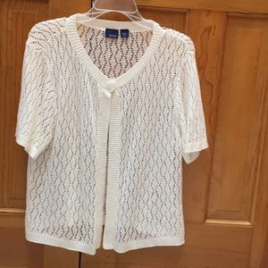 Cream colored shirt sleeves sweater top